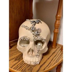 🌸 Decorative Skull